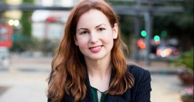 An image of Debra Innocenti-Placette, a tech lawyer in San Antonio.