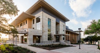 The exterior of UTSA's new Science and Engineering building. Photo credit: UTSA.